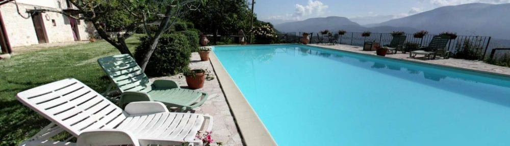 agriturismo santa serena piscina